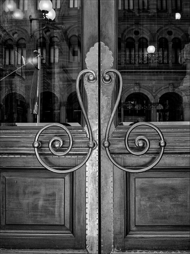 martin-place-doors