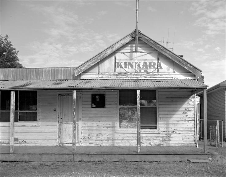 Stuart Town hut